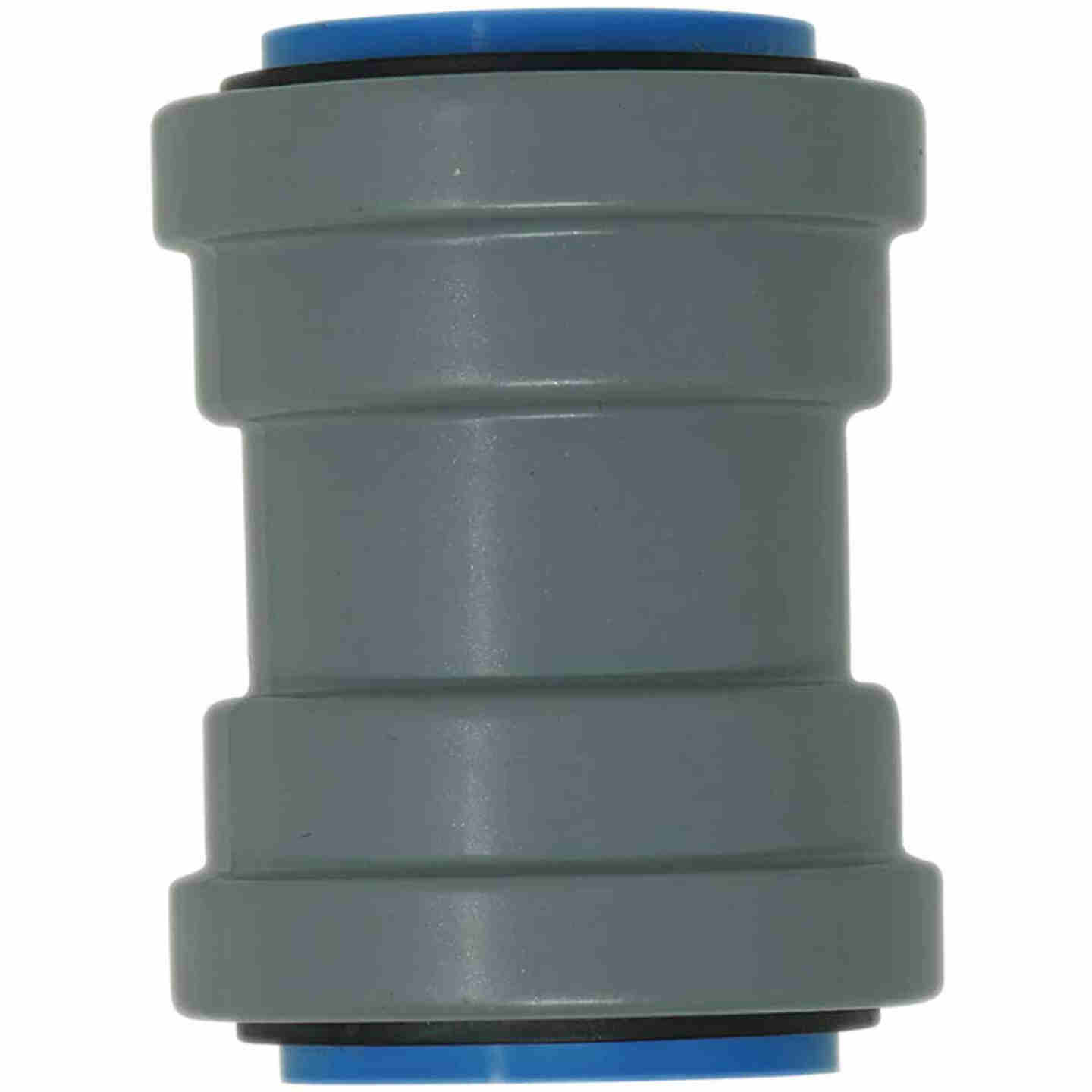 Southwire SimPush 1/2 In. EMT Push-To-Install Watertight Conduit Coupling Image 1